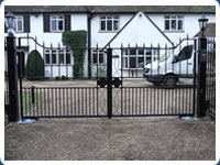 Metal Gate Repair and Servicing