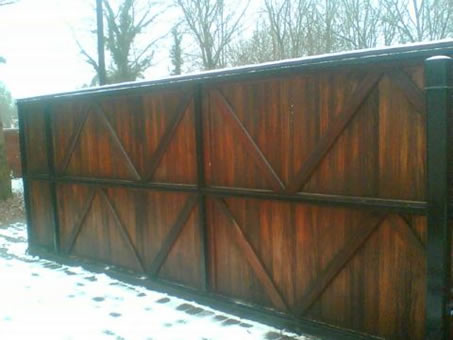 Wooden Sliding Driveway Gates Photo