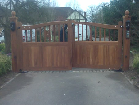 Automated Wooden  Gate Photo